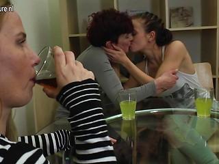 Boy mom girl lesbian sex 9